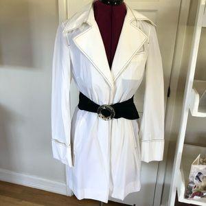 Laundry white raincoat